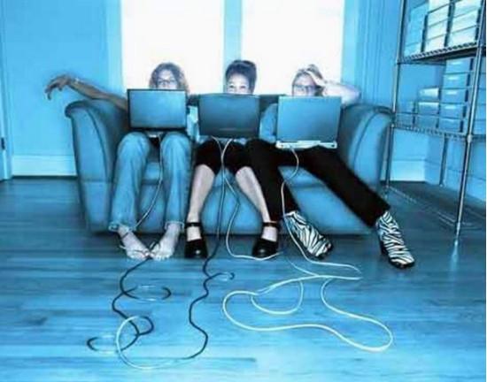 социальные сети, положительные и отрицательные стороны социальных сетей