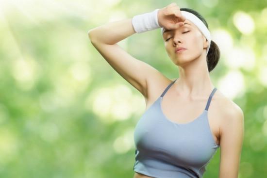 как заниматься спортом в жару